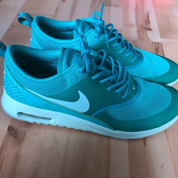 online here sleek authentic Nike air max Thea